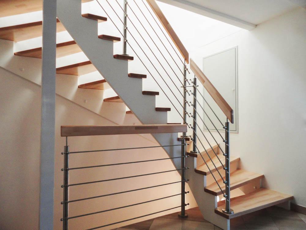aufgesattlete treppen herstellung tischler oesterreich 10 marco treppen. Black Bedroom Furniture Sets. Home Design Ideas