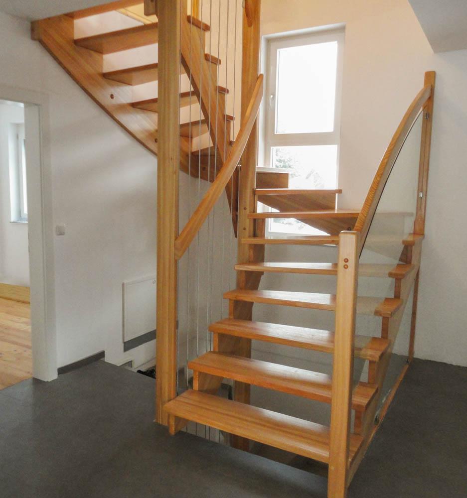aufgesattlete treppen herstellung tischler oesterreich 11 marco treppen. Black Bedroom Furniture Sets. Home Design Ideas