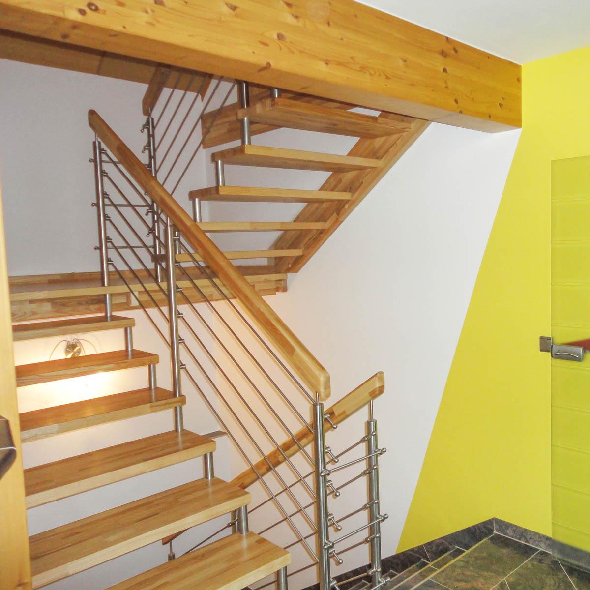 bolzentreppe fertigung tischler oesterreich 24 marco treppen. Black Bedroom Furniture Sets. Home Design Ideas