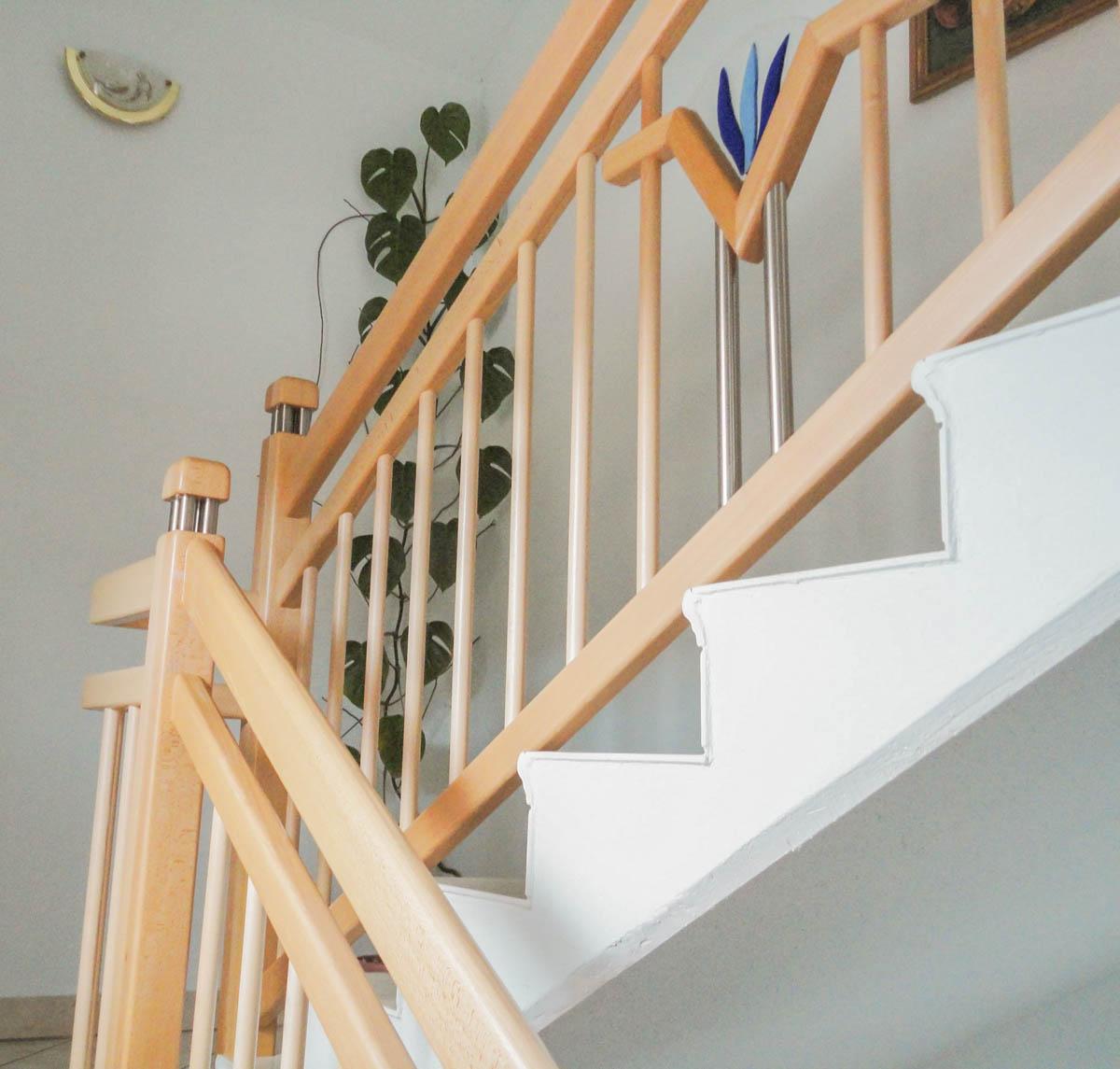 gelaender stufen marco treppen burgenland 08 marco treppen. Black Bedroom Furniture Sets. Home Design Ideas