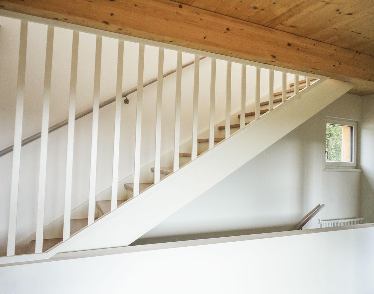 treppen oesterreich tischler wangentreppen 55 marco treppen. Black Bedroom Furniture Sets. Home Design Ideas